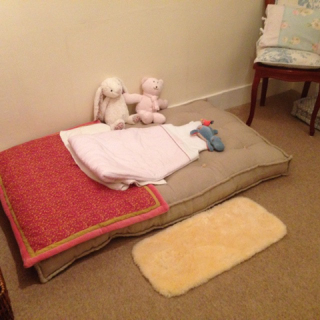 Wool-Filled Crib Mattress with 100% Linen Covier for Samia