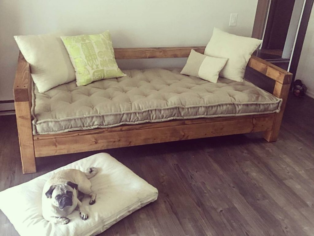 Wool Filled Pet Bed Pillows And Daybed Cushion Custom