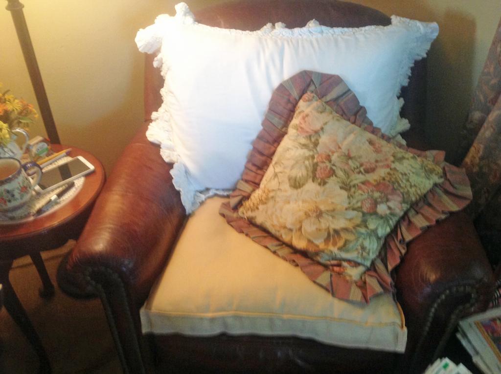custom chair pad image from customer