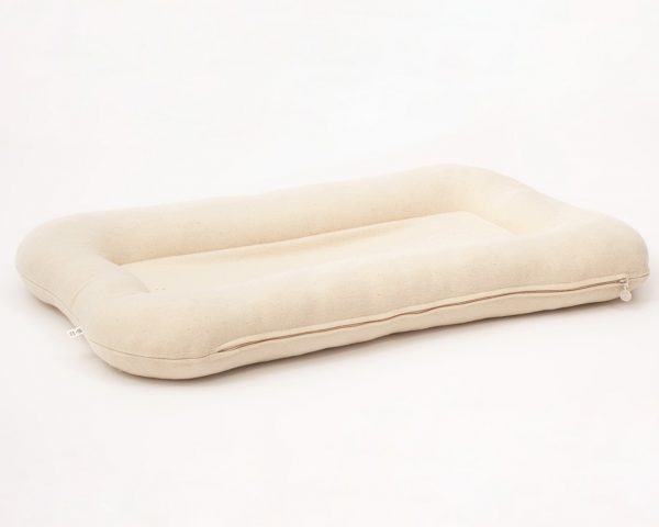natural baby co-sleeper with non-toxic wool filling