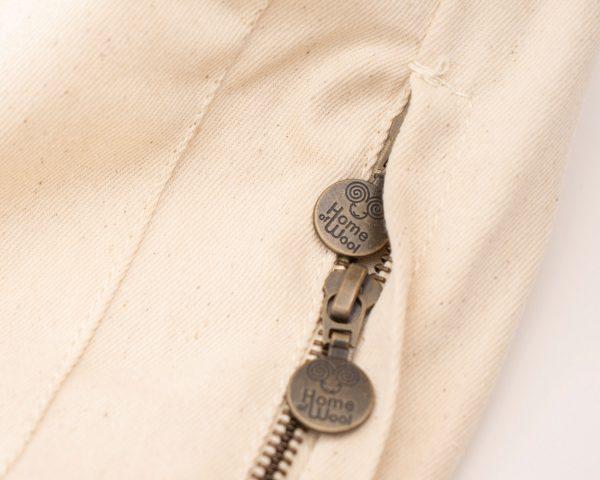 close up zipper of the mattress cover of the DIY mattress kit