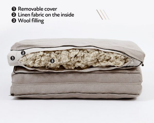 Home of Wool natural foldable mattress - stuffing detail