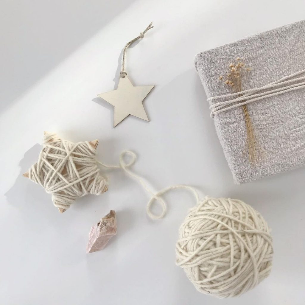 Holidays Go Zero Waste - handmade Christmas decorations and gift wrapped in fabric